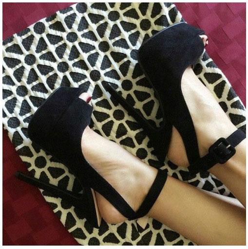 Best black platform sandals